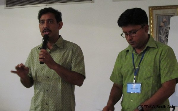 Participants from Bangladesh making their country presentation